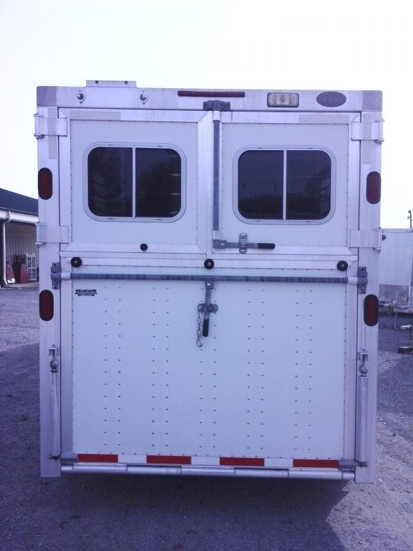 2007 EBY 4H HD-HD Victory Series Horse Trailer
