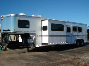 2007 Sundowner Trailers 3H 727 SL 6911 LQ w/Slide Horse Trailer in Ashburn, VA