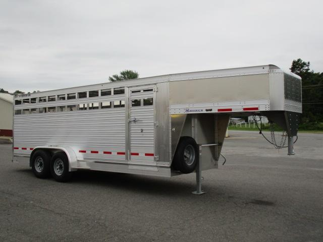 2019 Eby Trailers 20ft Maverick Livestock Trailer