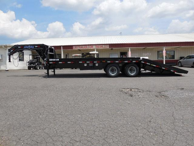 2017 Load Trail GN 102 x 26 Hyd Dove Equipment Trailer