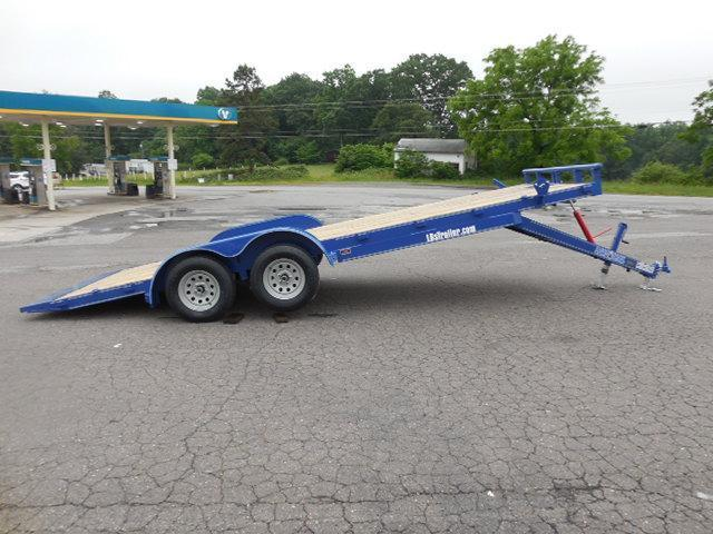 2017 Load Trail 83 x 20 Manual Tilt Deck Car / Racing Trailer in Pageland, SC