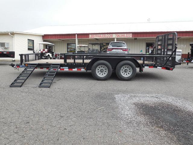 2017 Load Trail 83 x 18 Car / Racing Trailer in Pageland, SC