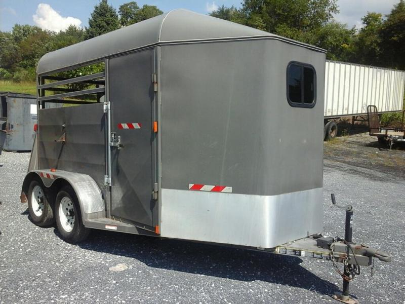 2012 ATW 2H SL Stock BP Horse Trailer