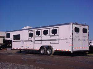 2006 Sundowner Trailers 4H 727 LQ Horse Trailer in Ashburn, VA
