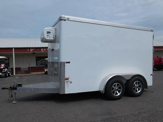 2015 Sundowner Trailers 12ft Refrigerator Unit Cargo / Enclosed Trailer in North Wilkesboro, NC