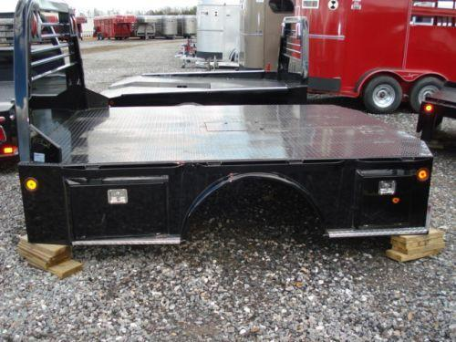 2015 CM SK Model Truck Bed / Equipment