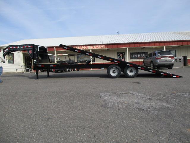 2020 PJ Trailers 26ft Deckover Tilt Utility Trailer in Ashburn, VA