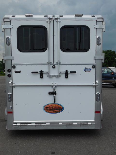 Clearance 2015 Sundowner Trailers 2H Rear & Side Ramps Horse Trailer