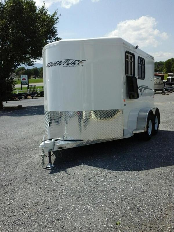 2020 Trails West Manufacturing Adventure MX II 2H BP Horse Trailer