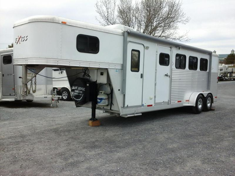 2007 Exiss Trailers LQ 4H SL GN Horse Trailer in Ashburn, VA