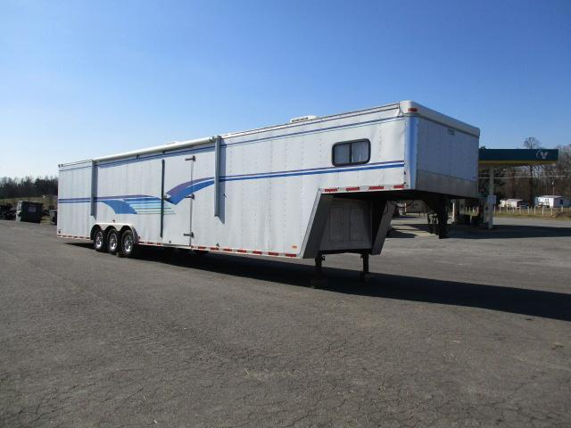 2003 Continental Cargo 48ft Enclosed Cargo Trailer in Crumpler, NC