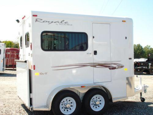2009 Trails West Manufacturing BP 2H Royale Straight Load Horse Trailer