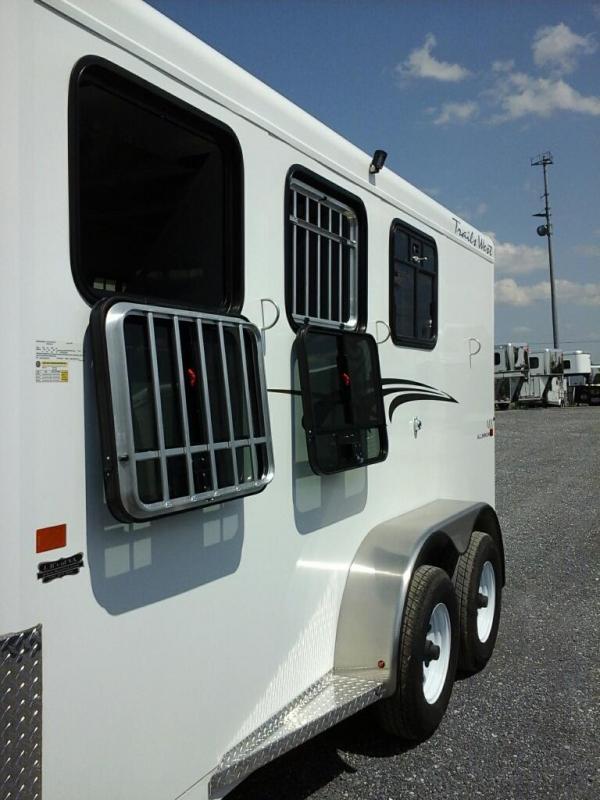 2020 Trails West Manufacturing Adventure MX II 3H SL BP Horse Trailer