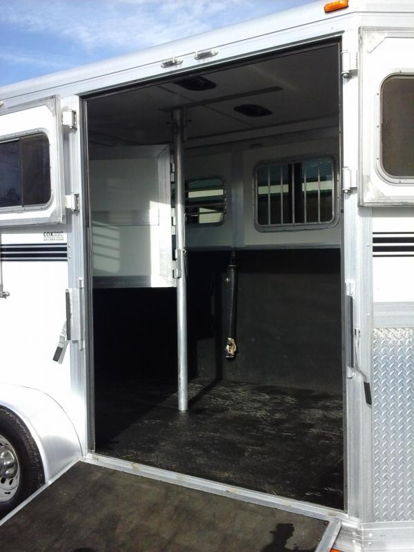 2010 Eclipse 2H BP STL Side Ramp Horse Trailer