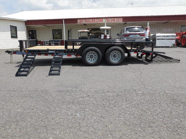 2017 Load Trail 83 x 16 Car / Racing Trailer in Pageland, SC