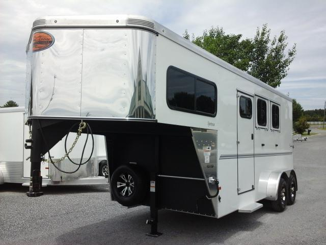 2016 Sundowner Sportsman Horse Trailer
