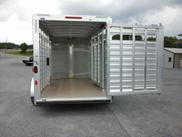Clearance 2016 Exiss STK614BP Horse Trailer