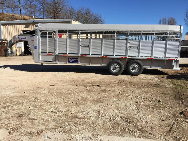 Gooseneck 24 Aluminum Livestock Trailer
