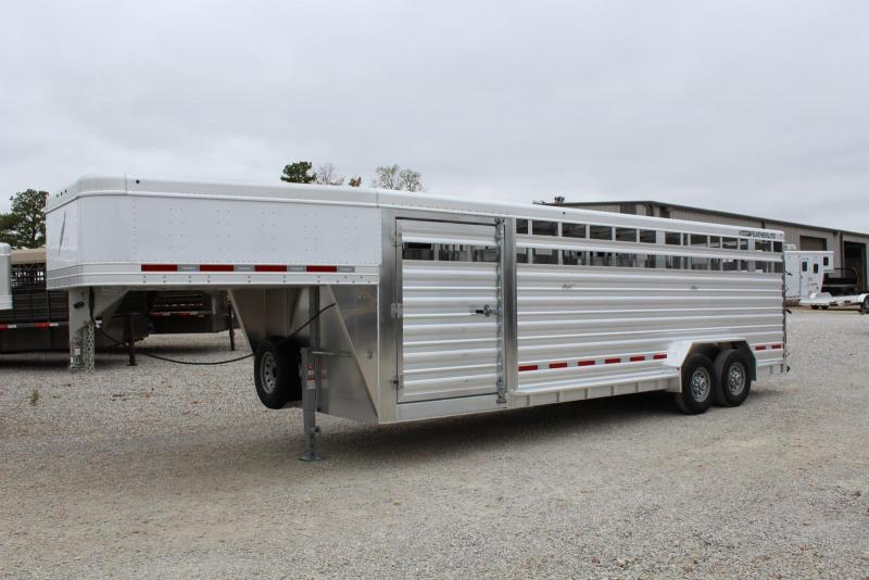2018 Featherlite 8127-7624 Livestock Trailer