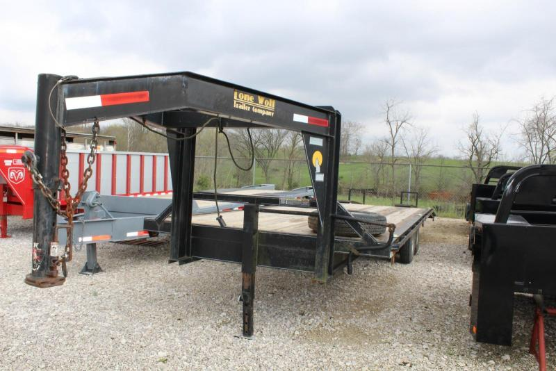 2007 Lone Wolf Trailer 20+5  Flatbed Trailer