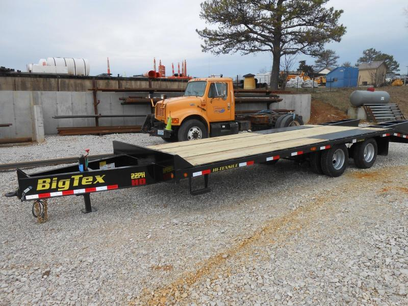 2017 Big Tex Trailers 22PH-BK5 Equipment Trailer