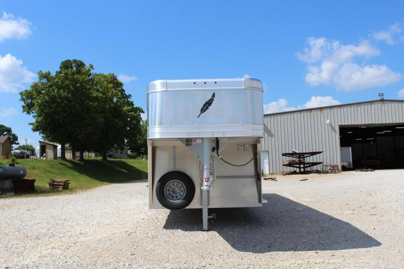 2019 Featherlite 8127-7626 Livestock Trailer