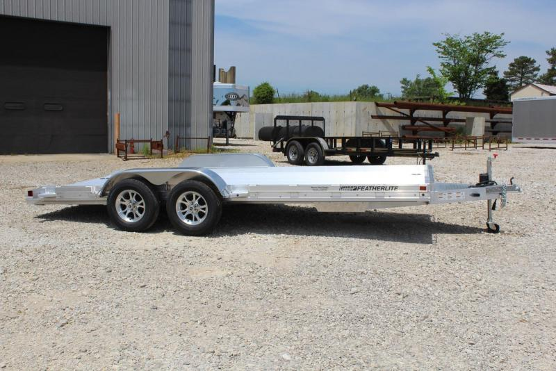 2020 Featherlite 3110-0017 Car / Racing Trailer in Ashburn, VA