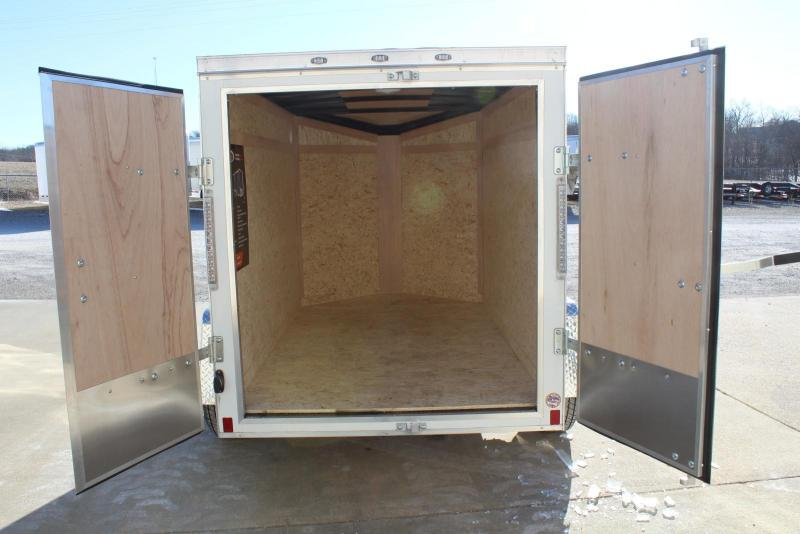2019 Formula Trailers FSCBC5.0X08SI2 Enclosed Cargo Trailer