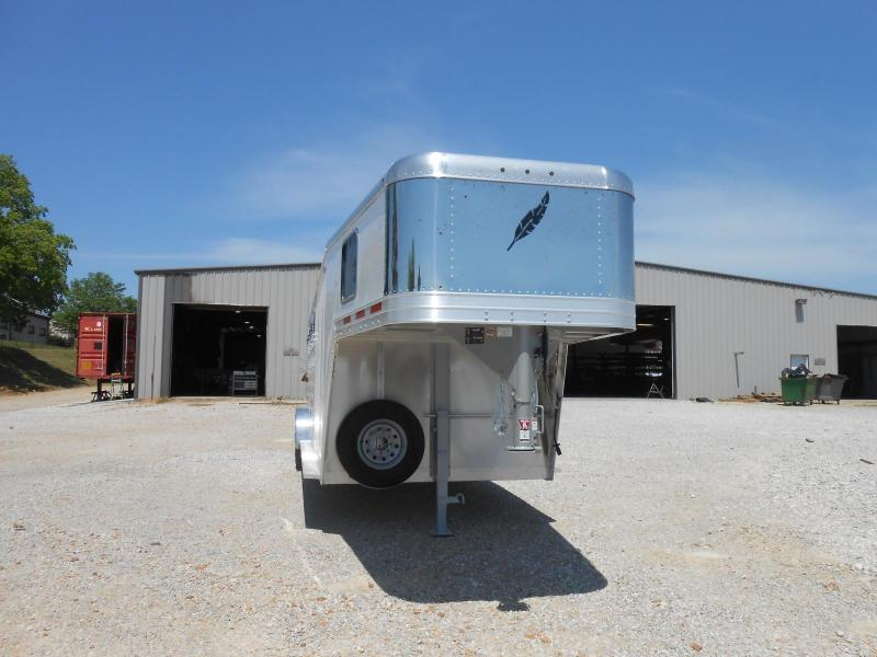 2017 Featherlite 8542-704H Horse Trailer in Ashburn, VA