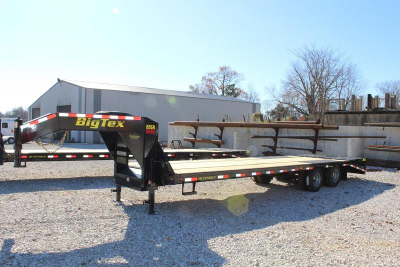 2018 Big Tex Trailers 22GN-25BK5MR Flatbed Trailer