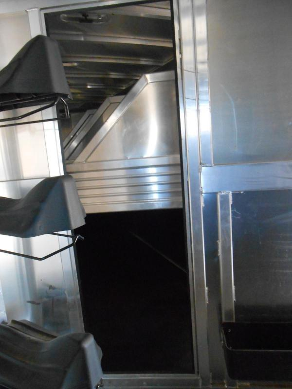 2015 Featherlite 8541-704H Horse Trailer