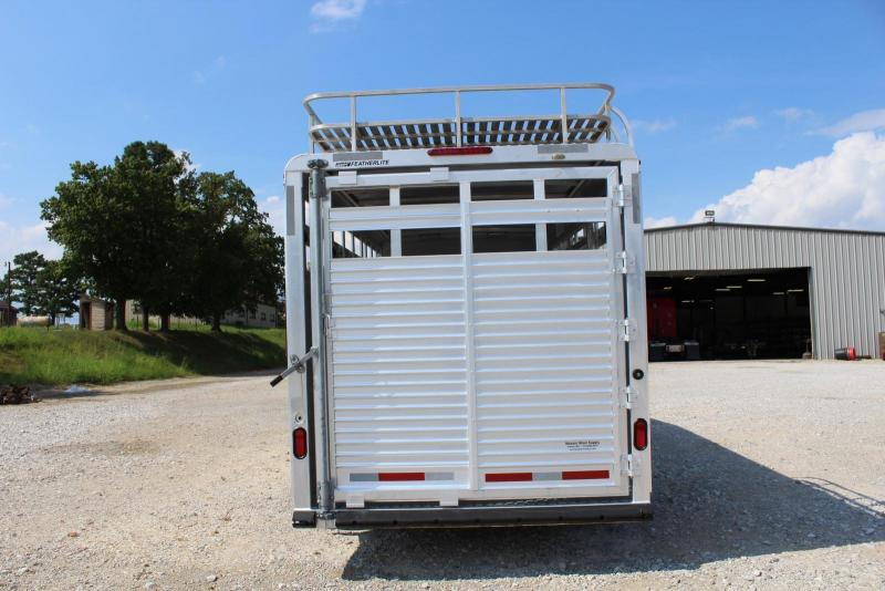 2006 Featherlite 8413-7020 Horse Trailer