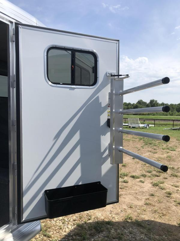 2020 Cimarron Trailers Norstar 4 Horse Gooseneck W/Ready to go package Horse Trailer