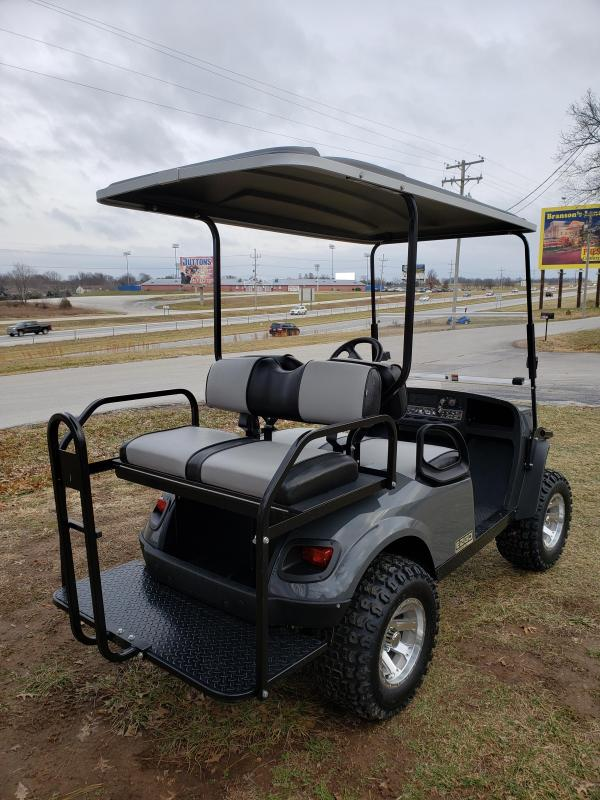 2019 EXPRESS S4-4 PASSENGER-LEAD FOOT GRAY (GAS)