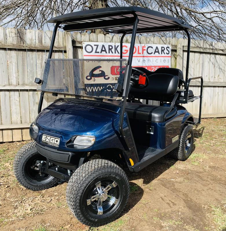 2019 VALOR-2 PASSENGER-PATRIOT BLUE (GAS)