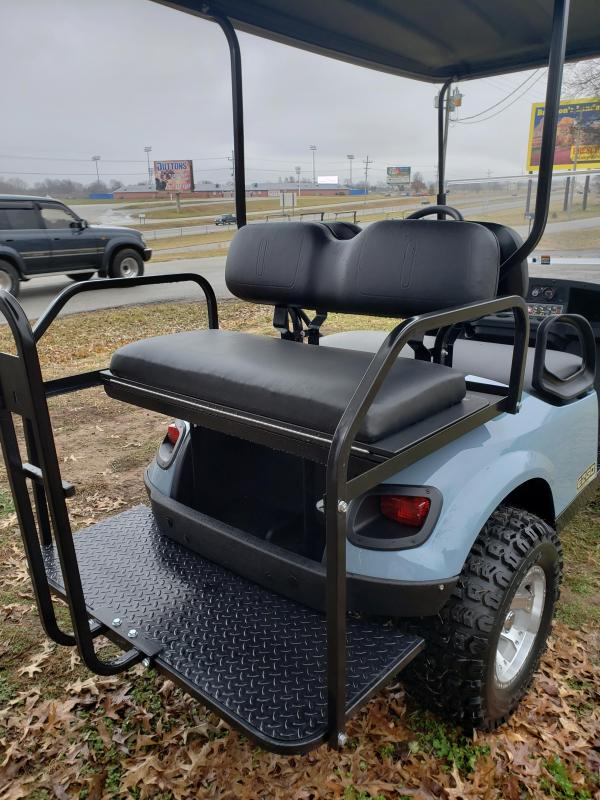 2019 EXPRESS S4-4 PASSENGER-COOL GRAY KHAKI (GAS)