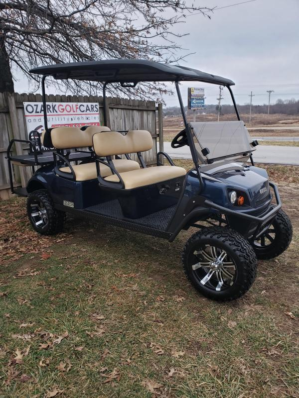 2019 EXPRESS-6 PASSENGER-PATRIOT BLUE (GAS)