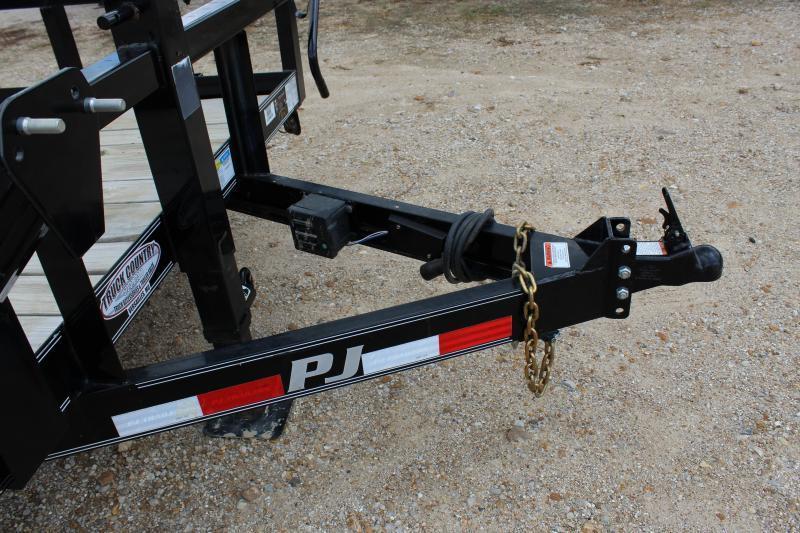 2017 PJ Trailers P8 20 pipe top rail Equipment Trailer