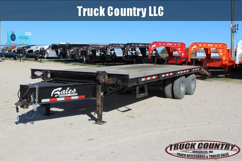 2013 Bales 25' pintle hitch deckover Flatbed Trailer