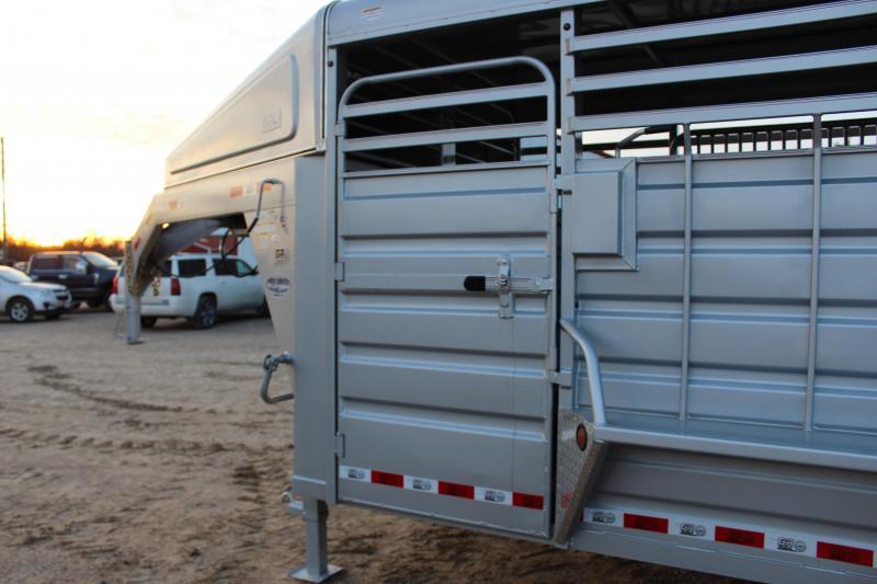2018 GR Trailers 6.8x28 gooseneck Livestock Trailer