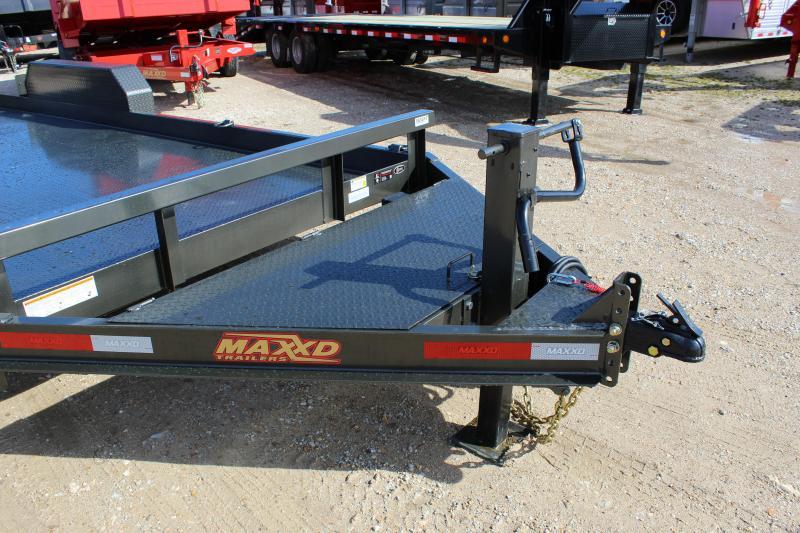 2019 MAXXD B6X 20' Equipment Trailer
