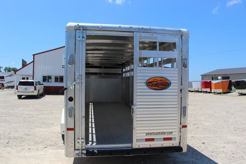 2018 Sundowner Trailers 6.9'x24' aluminum gooseneck Livestock Trailer