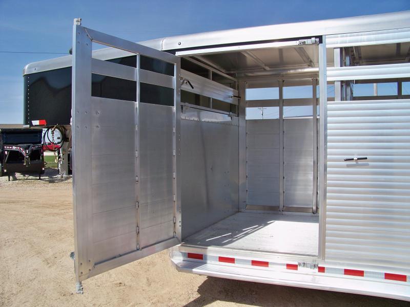 2018 Sundowner Trailers 7 x 24 Rancher RS gooseneck Livestock Trailer