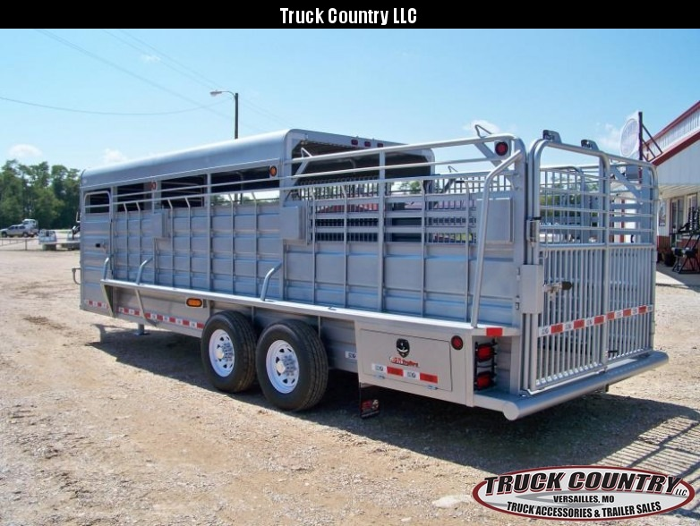 2017 GR Trailers 6.8'X24' Gooseneck half-top Livestock Trailer in Ashburn, VA