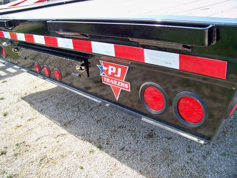 2018 PJ Trailers F8 102x20 deckover Flatbed Trailer