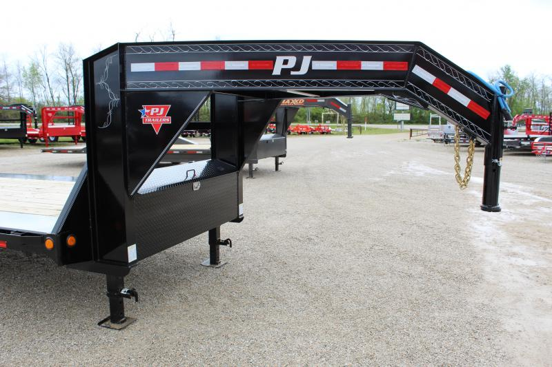 2020 PJ Trailers H7 Equipment Trailer