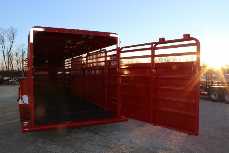 2018 GR Trailers 6.8'x24' gooseneck Livestock Trailer