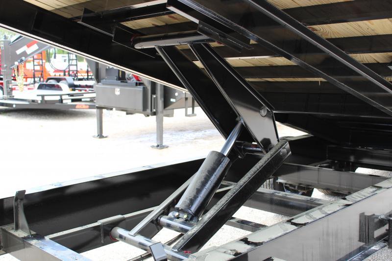 2020 PJ Trailers T9 24 gooseneck deckover tilt Flatbed Trailer
