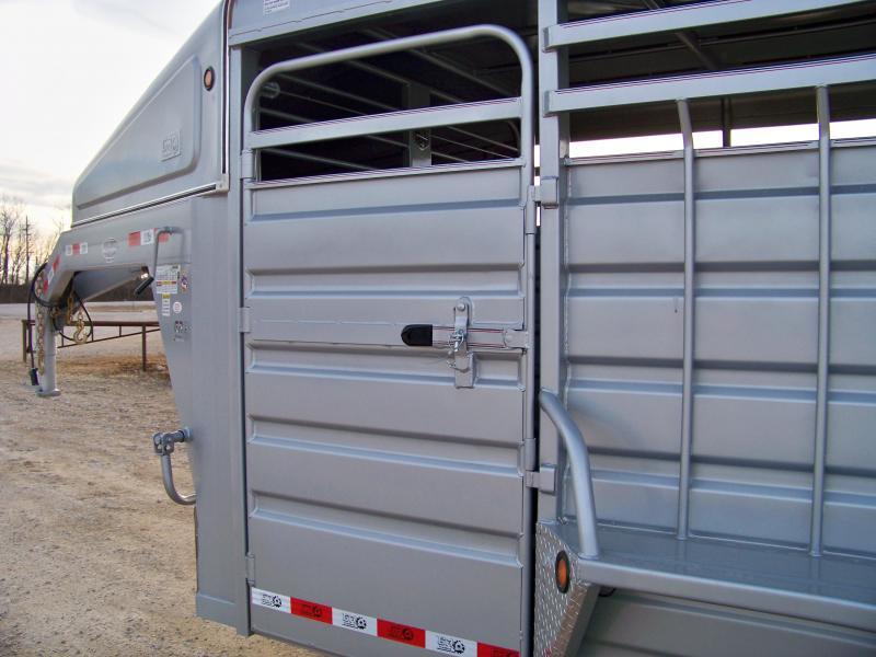 2018 GR Trailers 6.8x20 gooseneck Livestock Trailer