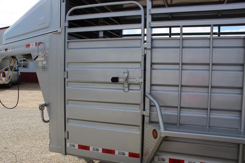 2019 GR Trailers 6.8x20 gooseneck Livestock Trailer